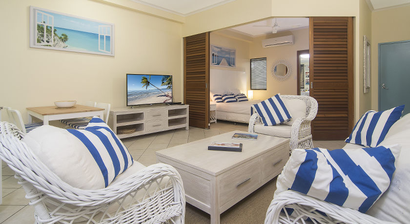 Port Douglas Boutique Holiday Apartments Private Balcony